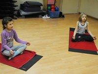 Як вибрати інструктора з фітнесу для дитини?