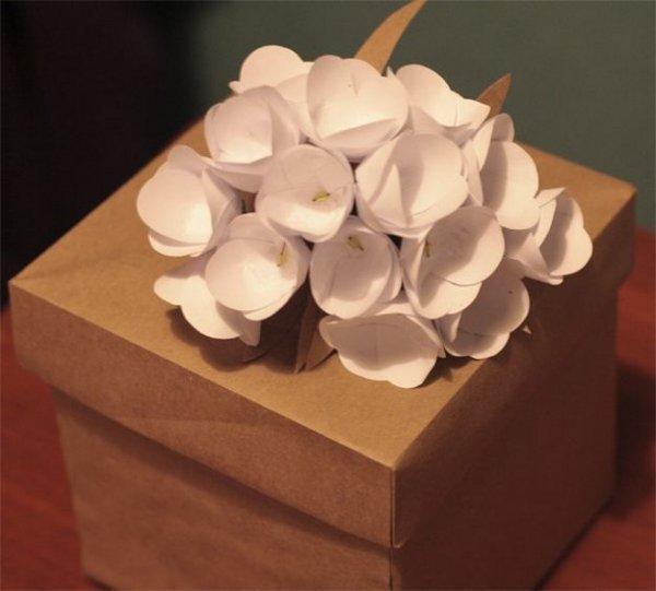 Квіти для прикраси упаковки, кілька варіантів.