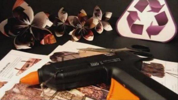 Квіти з журналів, докладний відео майстер клас.