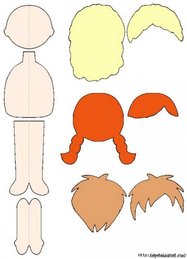 Лялька зі змінним одягом з фетру – відмінний подарунок для дівчинки.