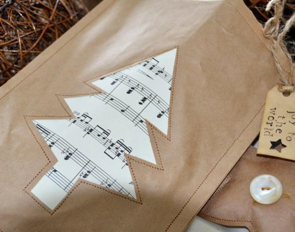 Новорічні сумочки для подарунків з крафт паперу.