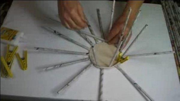 Плетемо кошики з газетних трубочок. Відео МК.