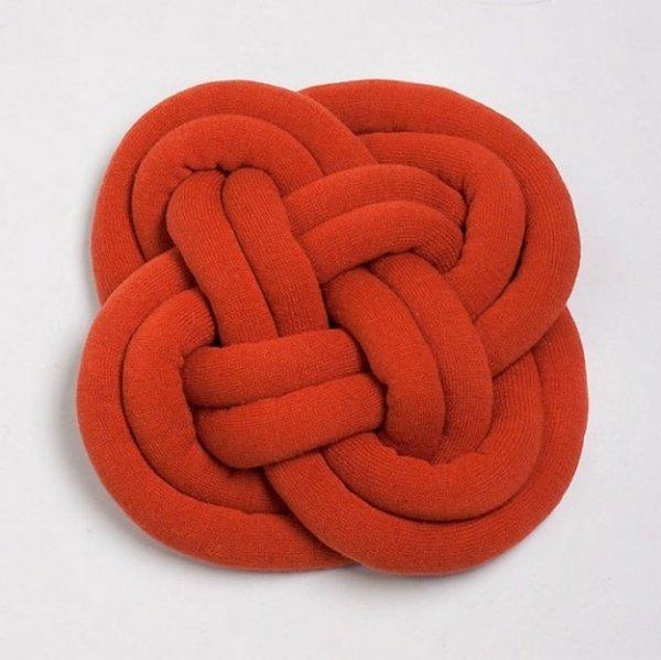 Робимо декоративні подушки у формі вузла