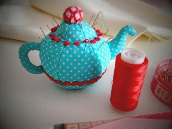 Як зшити ігольніцю чайник своїми руками.