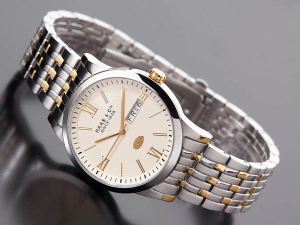 Модні брендові жіночі наручні годинники 2017 року  d795aa640dd17