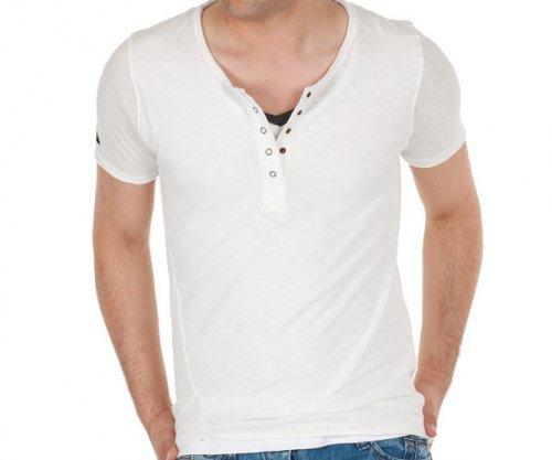Модні чоловічі футболки у 2017 році