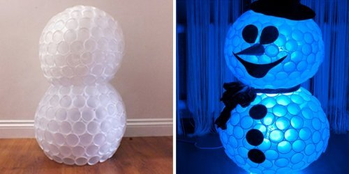 Як покроково зробити сніговика з пластикових стаканчиків