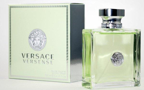 8a909e512b04b5bcd1dc66e67b170cd2 Парфуми Versace (Версаче) жіночі. Найбільш  популярні аромати. Ціна та фото a9108cc65eb03