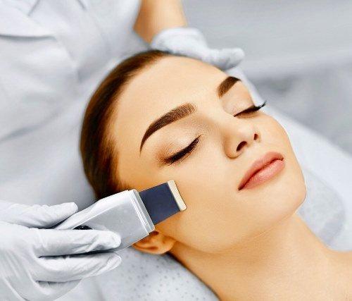 be50c6fa7e3e5e7535848e59f861113b Пилинг лица — косметологическая процедура. Виды пилинга. Фото до и после