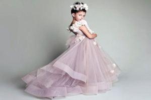 Випускні сукні для дівчаток в дитячому саду  вибираємо пишність і довжину 1ece227185786