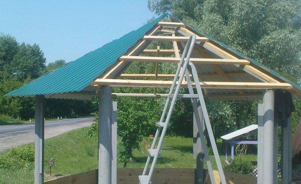 Устройство крыши для беседки своими руками фото